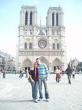 Julián y María José en Notre Dame
