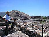Yacimiento arqueológico de las pirámides de Teotihuacán (México)