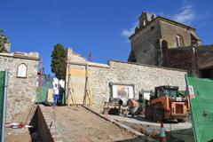 El Ayuntamiento mejora la puerta del muro sur del Castillo