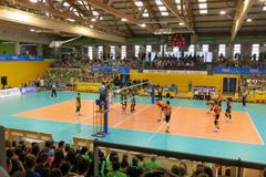 El Club Voleibol �lora vibra en la Supercopa de Voley celebrada en El Ejido