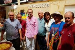 Las Sopas Perotas se hacen notar en la Pe�a la Asunci�n, en plena Feria
