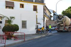El Ayuntamiento acomete obras de remodelaci�n en la Avda. Ruiz Picasso