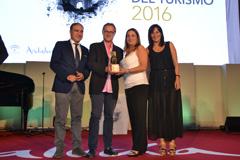 El Caminito del Rey recibe el Premio Andaluc�a del Turismo 2016