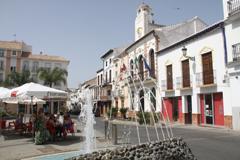 Corte del acceso a la Plaza Fuente Arriba