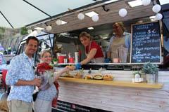 Álora acoge con gran éxito el primer Street Food