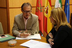 El Alcalde se reúne con la Delegada de Salud y Políticas Sociales