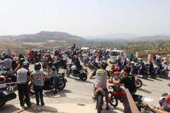 Vuelven a rugir las motos por las calles de Álora