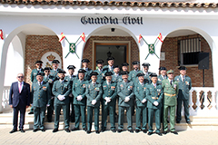 La Guardia Civil de �lora rinde honores a su Patrona