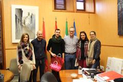 El Alcalde le da la bienvenida a un nuevo voluntario europeo