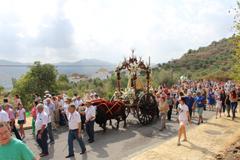 �lora celebra la Romer�a de la Virgen de Flores