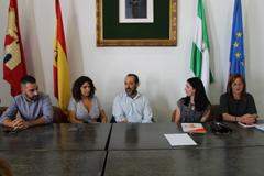 El Ayuntamiento recibe la visita del portavoz de la Diputaci�n