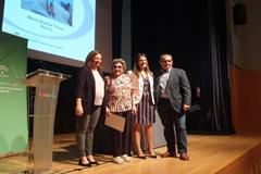 Mar�a Aranda Torres recibe galard�n el D�a de la Mujer Rural