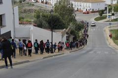 """500 personas participan en el proyecto """"Caminando por un Reto"""" en Álora"""