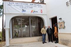El Alcalde visita la Asociación de Alzhéimer de Álora