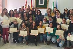 Entregados los diplomas de los cursos y talleres de Solidaridad