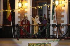 Los Reyes Magos llegan cargados de regalos, caramelos e ilusión