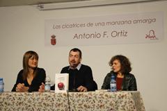 Antonio F. Ortiz presenta en �lora su nuevo libro