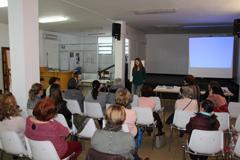 Una veintena de mujeres participan en una formaci�n de Voluntariado