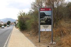 Álora promociona su patrimonio con tótems y paneles informativos