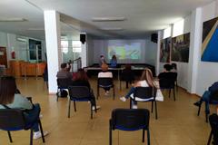 �lora acoge un taller para combatir el estr�s causado por la pandemia