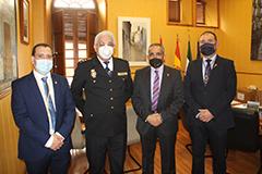 El Alcalde recibe al Comisario de la Polic�a Nacional